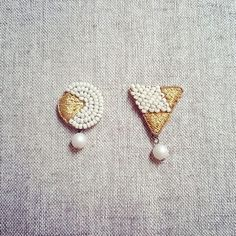 Add necklace, pierced earring etc. Bead Embroidery Jewelry, Fabric Jewelry, Beaded Embroidery, Unique Earrings, Beaded Earrings, Bead Jewellery, Beaded Jewelry, Handmade Accessories, Handmade Jewelry