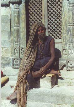 Ramblings of a Semi-Mad Man: Dude Has Got Some Serious Dreads! Natural Hair Styles, Short Hair Styles, Long Dreads, Dreadlock Hairstyles, People Of The World, Real People, Naturally Beautiful, Locs, Sisterlocks