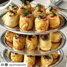 ( Gününüz Cumanız hayırlı b Iftar, Appetizer Recipes, Snack Recipes, Snacks, Party Food Platters, Homemade Pastries, Comfort Food, Arabic Food, Turkish Recipes