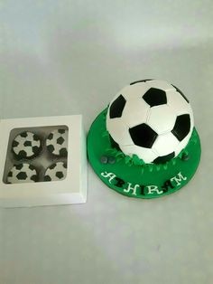 Football cake n cupcakes Soccer Ball, Chocolate Cake, Cupcakes, Football, Chicolate Cake, Soccer, Chocolate Cobbler, Cupcake Cakes, Futbol