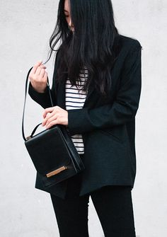 blazer, striped tee, The Row bag & black jeans #style #fashion