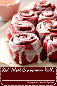 Turn a box of red velvet cake mix into this easy dessert—or breakfast! The ici. - Turn a box of red velvet cake mix into this easy dessert—or breakfast! The icing tastes good and - Gourmet Recipes, Baking Recipes, Cookie Recipes, Freezer Recipes, Bread Recipes, Dessert Simple, Cake Mix Recipes, Dessert Recipes, Cake Mixes