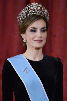 Queen Letizia of Spain Photos Photos - Queen Letizia of Spain receives Argentina's President Mauricio Macri and wife Juliana Awada for an Gala Dinner at the Royal Palace on February 22, 2017 in Madrid, Spain. - Official Dinner of Spanish Royals and President Mauricio Macri and Wife