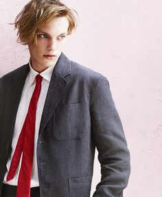 You couldn't have looked this good in the mortal instruments??