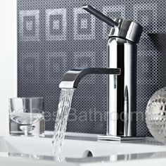This single lever mono basin tap is great for creating a sleek, minimal look.