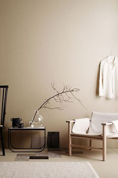 minimalist home design Beige Tan Living Room With Black Accents Home Interior, Interior Styling, Interior Design, Interior Wall Colors, Natural Interior, Interior Modern, Swedish Interiors, Colorful Interiors, Earth Tone Decor