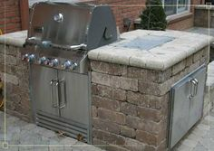 outdoor grill The Fundamentals Of Shopping For Outdoor Grills Gas Bbq, Bbq Grill, Grilling, Outdoor Kitchen Plans, Outdoor Dining, Outdoor Decor, Backyard Buildings, Built In Grill, Wet Bars