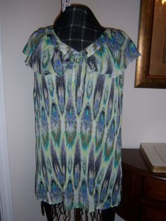GIVE AWAY2X Plus Size  Pretty Crinkle  Pleated  Ruffle Trim Colorful NWOT Blouse