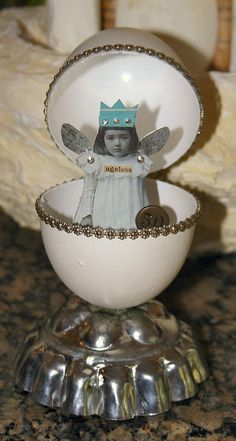 egg girl by stephanie rubiano, via Flickr