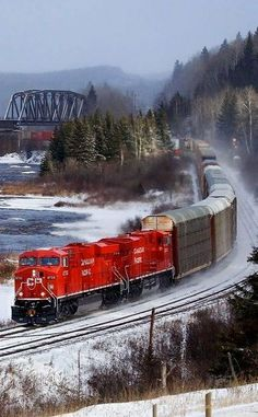 Canadian Pacific Railway - I'm pretty sure the way to see Canada will be by train Train Tracks, Train Rides, U Bahn Station, Canadian Pacific Railway, Bonde, Train Pictures, Old Trains, Beautiful Places To Travel, Canada Travel
