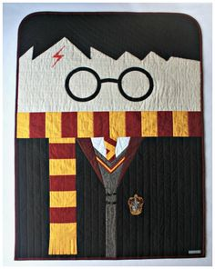 A Harry Potter shaped quilt. Bookish blankets.