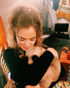 haleyluhoo Smellycat smell E cat. Mtv, Haley Richardson, Beautiful People, Beautiful Women, State Of Grace, Where Is My Mind, Just Friends, Hollywood Actor, Celebs