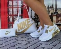 I love these nike air athletic sneakers ! Cute Sneakers, Cute Shoes, Me Too Shoes, Shoes Sneakers, Shoes Heels, Sneakers Fashion Outfits, Nike Fashion, Fashion Shoes, Womens Fashion