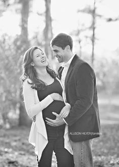 Baby Crews is coming soon! Montgomery, Alabama Maternity Photographer » Allison Hilyer Photography