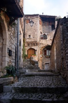 Sermoneta, Latina, Lazio