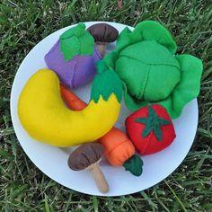Felt Food Rainbow of Vegetables 7 Piece Set by TheFeltedPear, $36.00