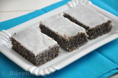 Chod: Zákusky a koláče - Page 7 of 254 - Mňamky-Recepty. Eastern European Recipes, Brownie Bar, Pampered Chef, Cake Cookies, Sweet Tooth, Bakery, Dessert Recipes, Food And Drink, Healthy Snacks