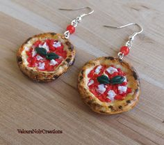Earrings pizza Naples by Velours Noir Crèations, 8,00 € su misshobby.com