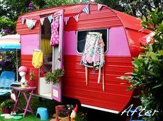 A 1964 Caravan Makeover vintage trailer camper glamping Old Campers, Little Campers, Retro Campers, Camper Trailers, Vintage Campers, Tiny Trailers, Camper Van, Shasta Camper, Classic Trailers