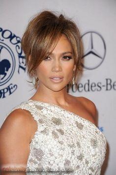 J-Lo is so stinking gorgeous!