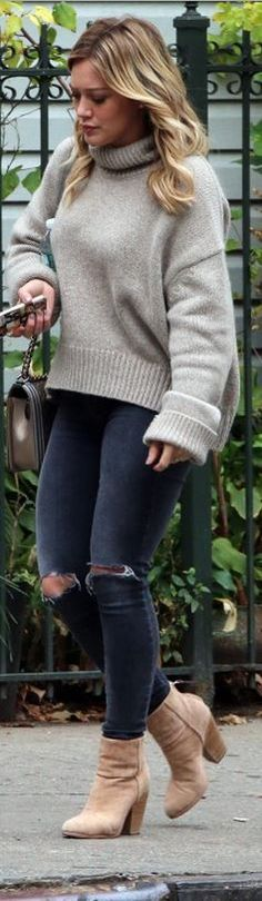 Who made  Hillary Duff's gray handbag, ripped skinny jeans, and tan ankle boots