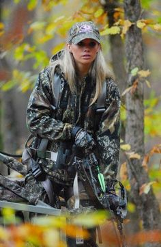 Russell Outdoors, Mossy Oak, bow hunting