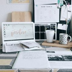 Find images and videos about motivation, school and study on We Heart It - the app to get lost in what you love. Study Organization, Pretty Notes, Study Space, Study Desk, Work Motivation, Study Hard, Study Inspiration, Workspace Inspiration, School Notes