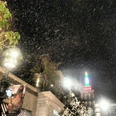 More #snow! #losangeles #instagood @ The Americana at Brand http://instagr.am/p/TCrulhCmJZ/