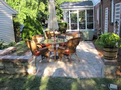 Young House Love | Reader Redesign: Patio Perfection | http://www.younghouselove.com