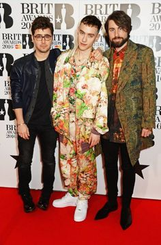 Olly Alexander Lily Bomber Jacket, Trousers and the Andreas T-Shirt while Mikey Goldsworthy (right) wore our Gobelin Jacket, Red Wallace Print Omar Shirt and Shoes to the Brit Awards 2016 last night.