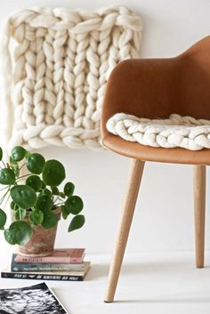 Sheep's Wool Seat Pad   Amazing Gift Ideas to Make Out Of Your Sheep's Wool