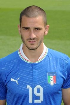 "Soccer News: ""Italy has a new tactic for the Euro Cup 2012"" Picture: Defender Bonucci will not play with his national squad!!  hate italy world cup champoinships them little bastards"