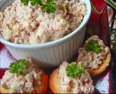 Paula Deen's Best Ham Salad Sandwich INGREDIENTS 2 cups leftover ham, chopped in a food processor 1 cup finely diced celery cup finely minced sweet. Ham Salad Recipes, Sandwich Recipes, Lunch Sandwiches, Sandwich Fillings, Hoagie Sandwiches, Healthy Recipes, Pork Recipes, Sandwich Croque Monsieur, Homemade Ham