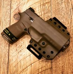 OWB Holster for Sig Sauer and Kimber (right handed) Hk Usp Compact 9mm, Springfield Xd Mod 2, Concealed Carry Holsters, Custom Kydex Holsters, Smith And Wesson Shield, Ruger Lc9, Reloading Bench, Custom Guns, Sig Sauer