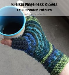 Kreisel Fingerless Gloves - Free #Crochet Pattern by Knitting and so on