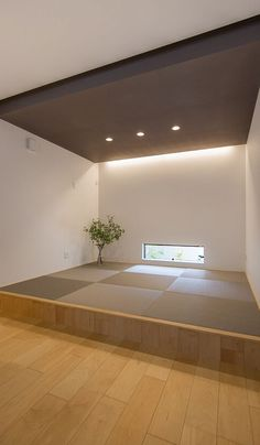 A natural home with a DJ booth that plays a living Modern Japanese Interior, Japanese Modern House, Japanese Home Decor, Modern Interior Design, Home Room Design, House Design, Tatami Room, Style Japonais, Dojo