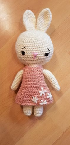 Hello Kitty, Fictional Characters, Art, Amigurumi, Art Background, Kunst, Gcse Art, Art Education Resources, Artworks