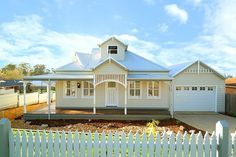 At smarthomes we love building homes that celebrate Australian architecture. As a nod to construction and design from times gone by, we love to reproduce h