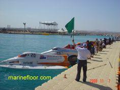 Píer modular para competiçoes náuticas.