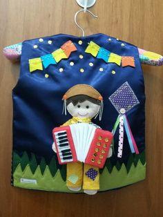 Colete Junino Felt Board Stories, Apron, Alice, Patches, Santa, Kids Part, Dressing Rooms, Needlework, Needlepoint