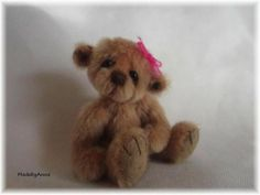 Miniature+Artist+Bear+MadebyAnna+crochet+mini+BJD+friend.+2.75+inch+girl
