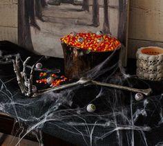 Halloween decorations : IDEAS & INSPIRATIONS  Halloween Party Skeleton Hand