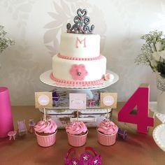 A festa da minha princesa | Shopping for my babies; Princess party; birthday cake; 4 years