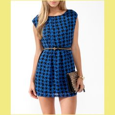 Forever 21 blue houndstooth shift dress medium  This cute dress can be mod, preppy, or anything in between. Simple adorable. Belt not included.  Forever 21 Dresses Mini