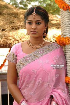 Beautiful Girl Indian, Beautiful Girl Image, Most Beautiful Indian Actress, Beautiful Actresses, Beautiful Bride, Beautiful People, Beauty Full Girl, Beauty Women, Sneha Actress