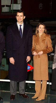 Los 44 Mejores Looks De La Reina Letizia – Cut & Paste – Blog de Moda