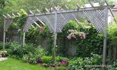 8 Creative & Private Garden Fence Ideas and How To Make A Fence Taller Maybe one day soon we will have a home with a yard. Garden Privacy, Backyard Privacy, Garden Fencing, Backyard Landscaping, Garden Art, Garden Design, Privacy Screens, Privacy Fences, Garden Sheds