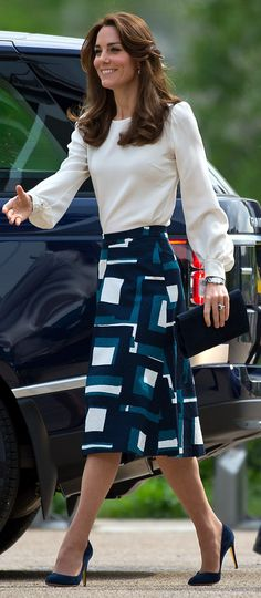 Kate Middleton wore a blouse by GOAT Fashion and a Banana Republic skirt http://whatkatewore.com/2016/05/16/its-banana-republic-goat-fashion-for-the-duchess-at-heads-together-launch/ http://www.dailymail.co.uk/femail/article-3592450/William-Kate-Harry-launch-ambitious-project-ever.html