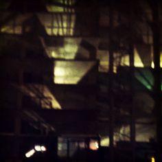#dtla #art #dtlaeveryday #downtown #dtlalife #downtownla #losangeles #dtlanights #streetphotography #streets #photography #contemporaryart #modernart #construction #abstractart #happeningindtla