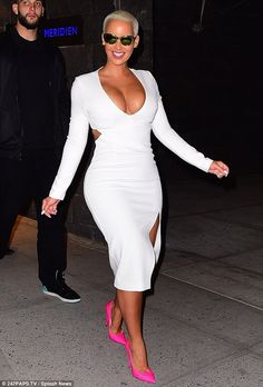Big night: The 32-year-old model was spotted arriving atAvenue Nightclub in New York City...